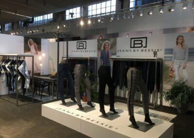 B-Jeans , Mode Fabriek