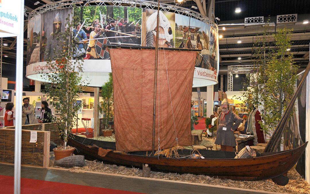 viking boot met man
